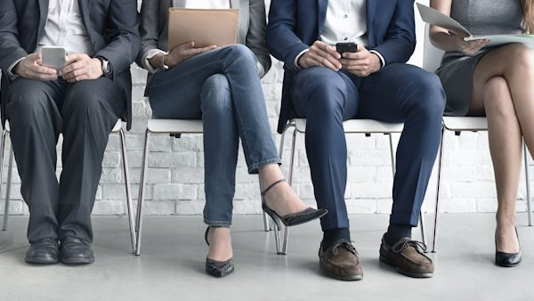 Human Resources - Learn how to interview and recruit the right employees